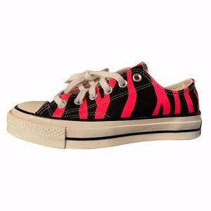 Converse Chuck Taylor Women's Shoes Black Pink 6.5